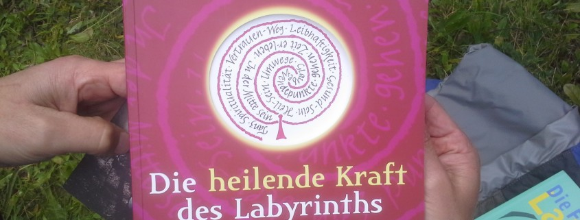 "Buch zum Workshopthema ""Labyrinth"""
